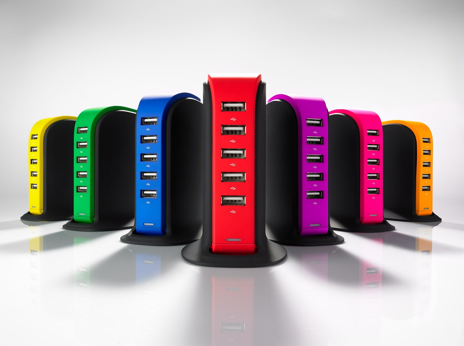 Desk Charger Power Tower PT50 - The charging station with 5 USB ports